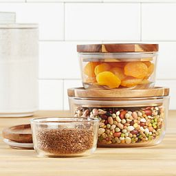 Glass Storage 6-Piece Round Set with Wood Lid with food inside