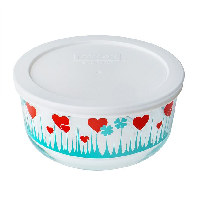 Lucky In Love 4-cup Glass Food Storage Container with White Lid