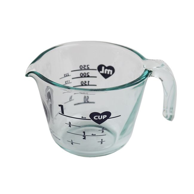 Lucky In Love 1-cup Measuring Cup